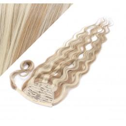 60 cm culík / cop z lidských vlasů vlnitý - světlý melír