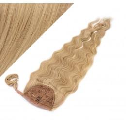 60 cm culík / cop z lidských vlasů vlnitý - přírodní / světlejší blond