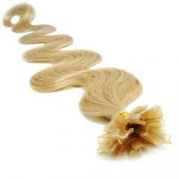 60cm vlasy na keratin vlnité - přírodní blond