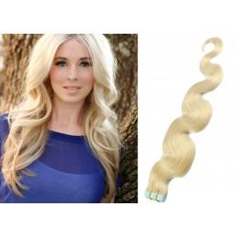60cm Tape vlasy / Tape IN vlnité - platina